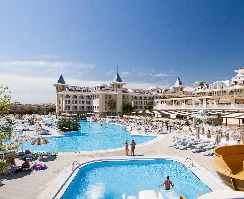 Hotel Side Star Resort