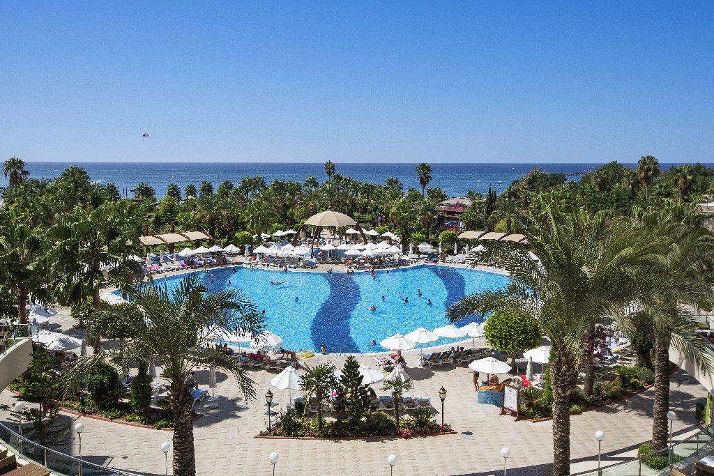Hotel Saphir Resort And Spa