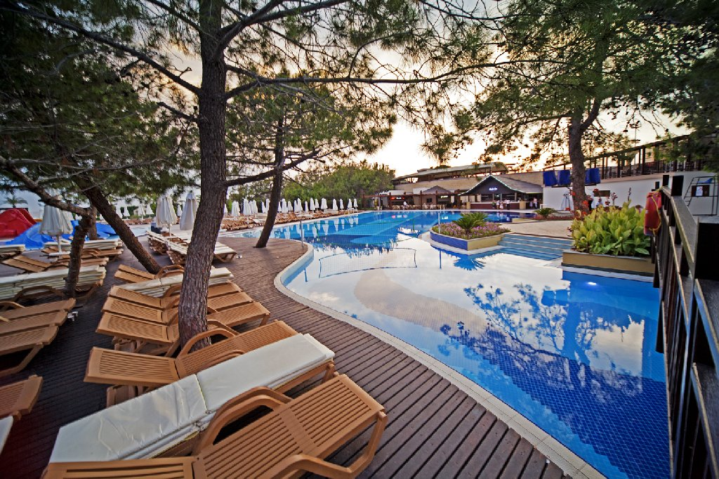 Hotel Sueno Hotels Beach