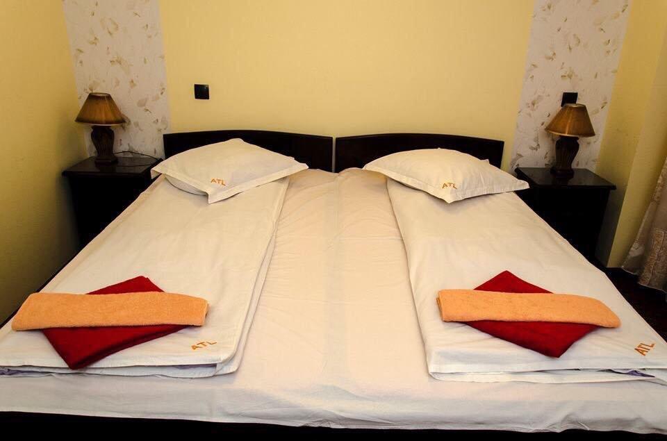 Hotel Alpina-casi