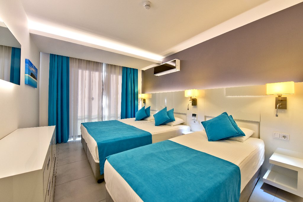 Hotel Green Garden Residence Suites