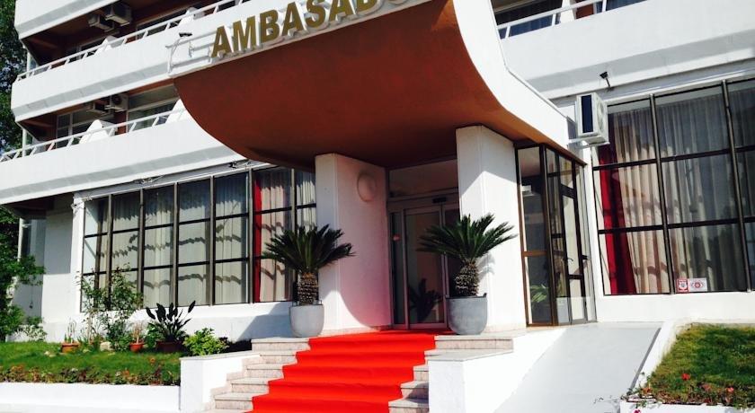 Hotel Ambasador Lac